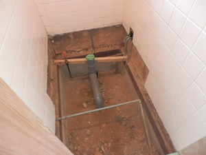 0708給排水配管.JPG
